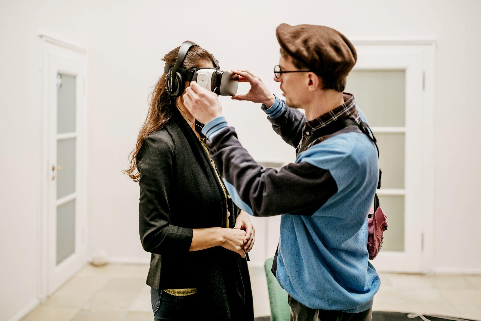 The Rain d'Heewon Lee est un Projet de Réalité Virtuelle et Vidéo qui Traite du Sujet des Femmes de Réconfort en Temps de Guerre.